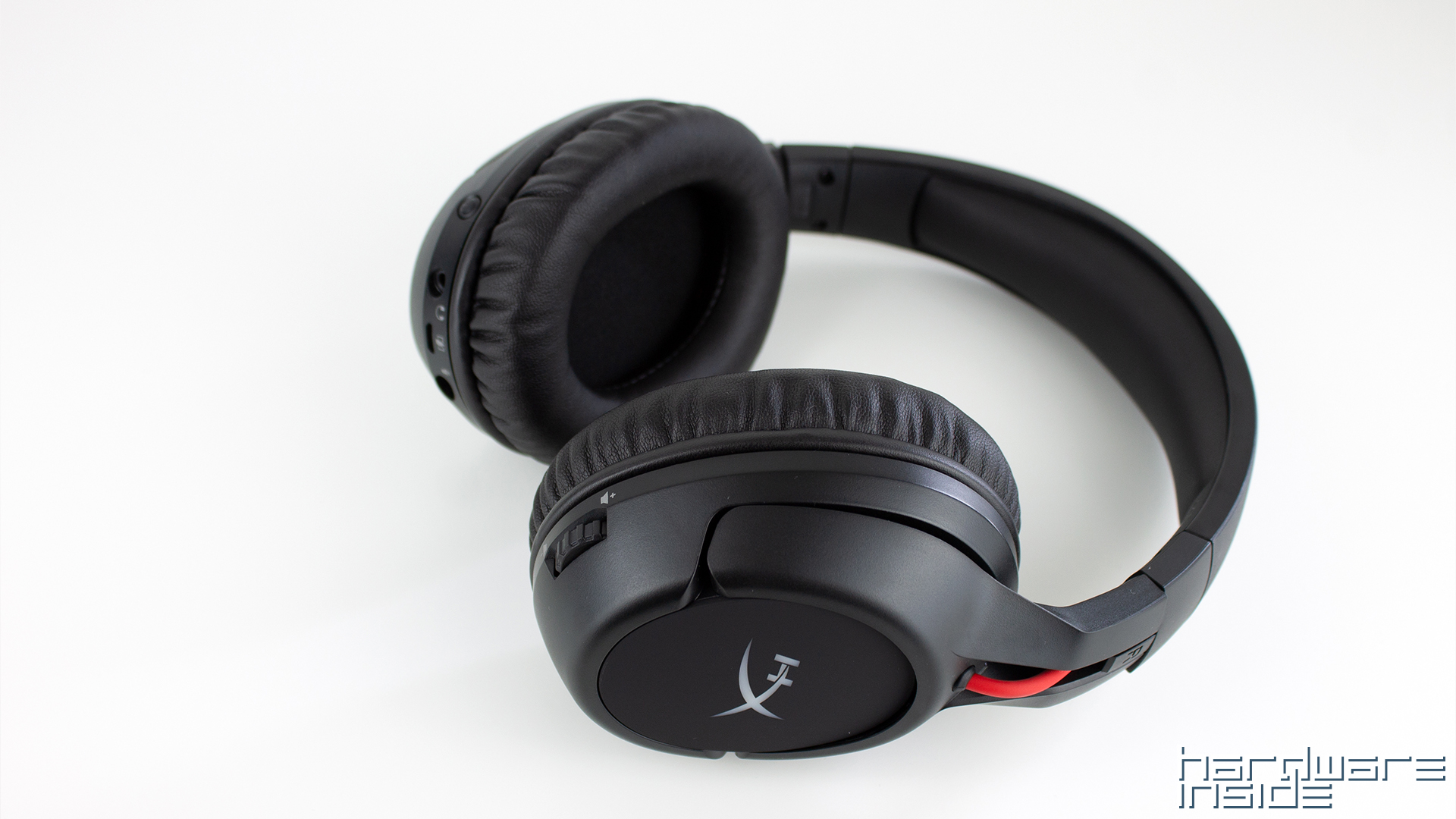 HyperX_CloudFlight_13